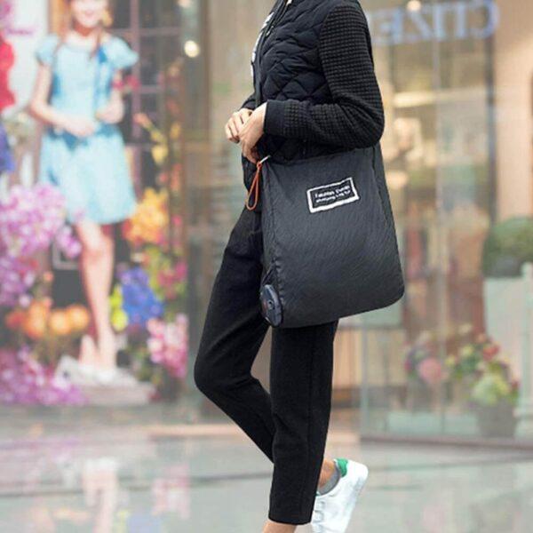 black reusable folding shopping bags